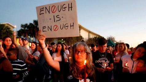 The Stoneman Douglas High School community peacefully protests the recent shooting. Photo courtesy of the Los Angeles Times.