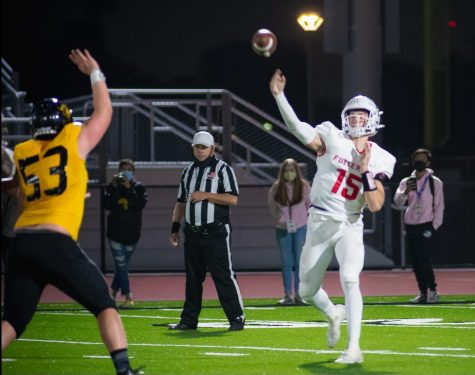 Despite a 31-7 loss to Sunny Hills, Dylan Neal averaged 213.2 passing yards per game.