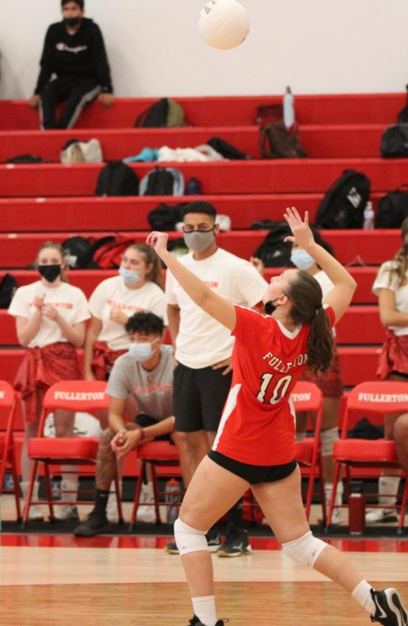 Sophomore setter Sydnee Coulthurst plays for the JV volleyball team.